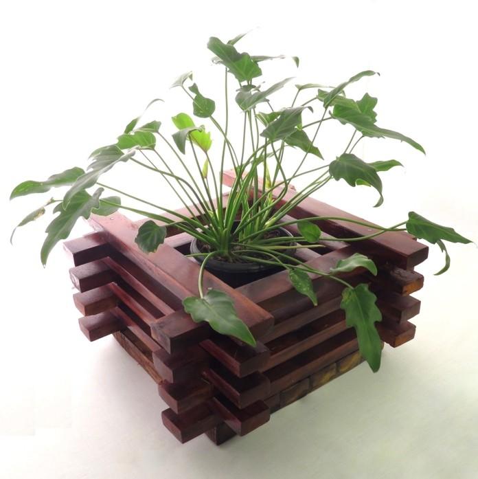 Agricom Cross Pattern Wood  Box