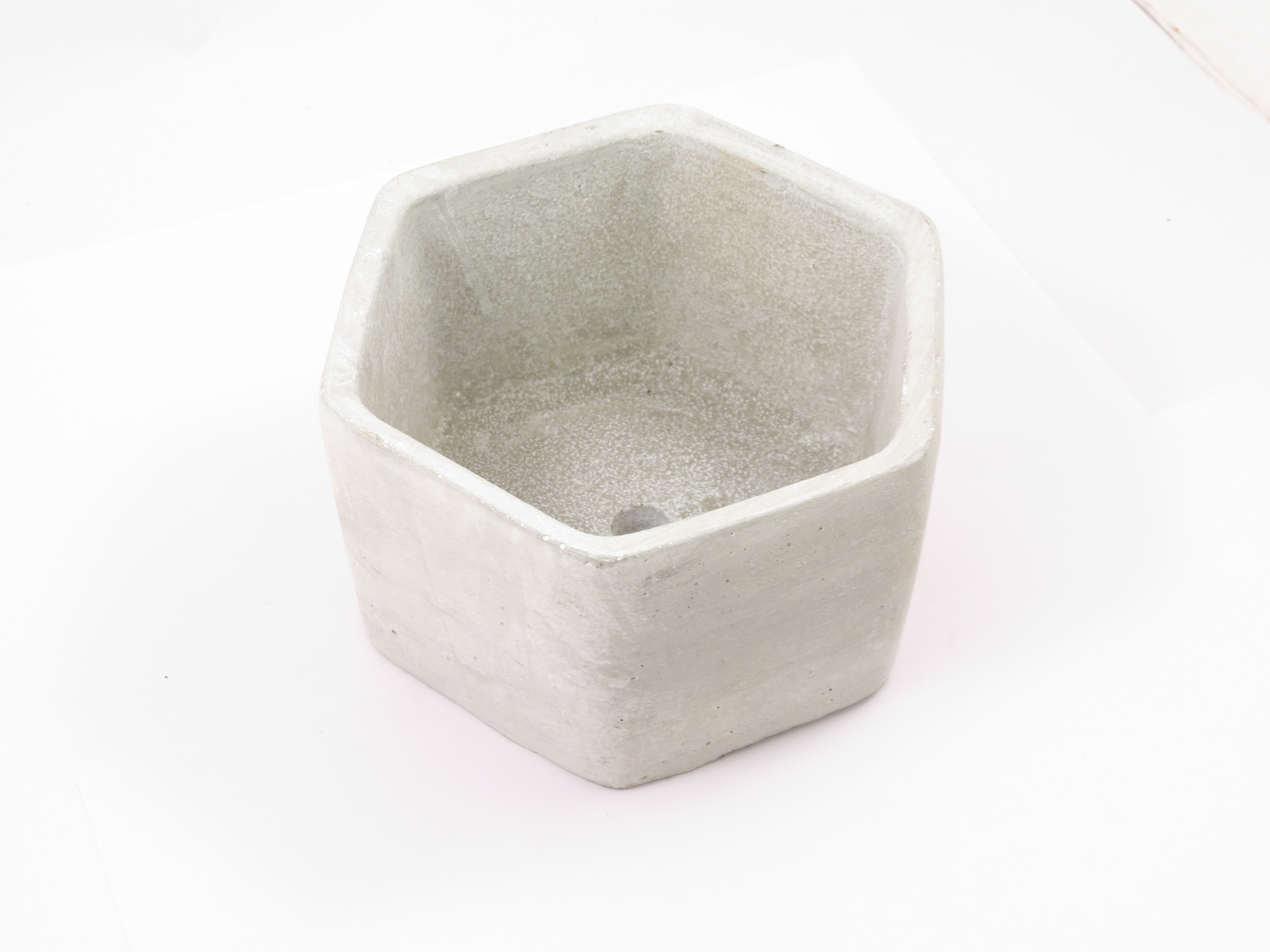 hexagonal cement pot(white,big)